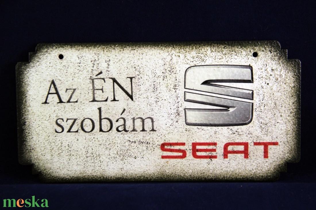 SEAT emblémás ÉN SZOBÁM tábla - Meska.hu