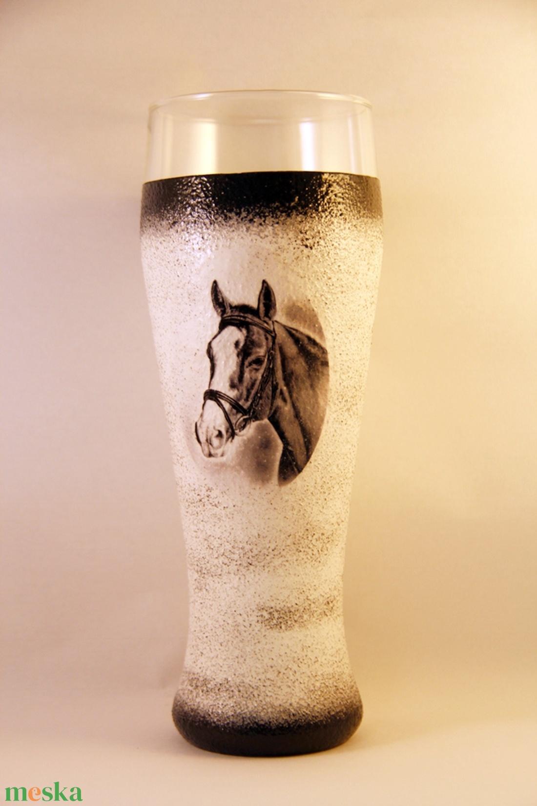 Ló motívummal díszített  sörös pohár / 5. - ( 0,5 L )   - Meska.hu