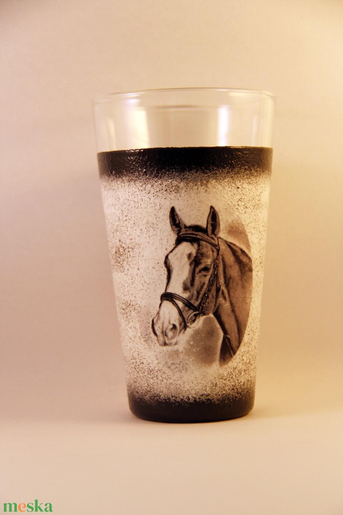 Ló motívummal díszített  vizes pohár  ( 0,3 l )  (decorfantasy) - Meska.hu