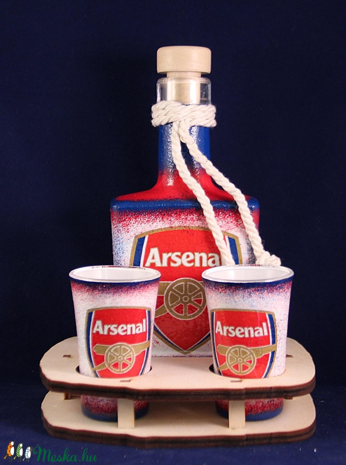 ARSENAL  emblémával díszített pálinkás szett ; Igazán egyedi Arsenal szurkolói ajándék - Meska.hu