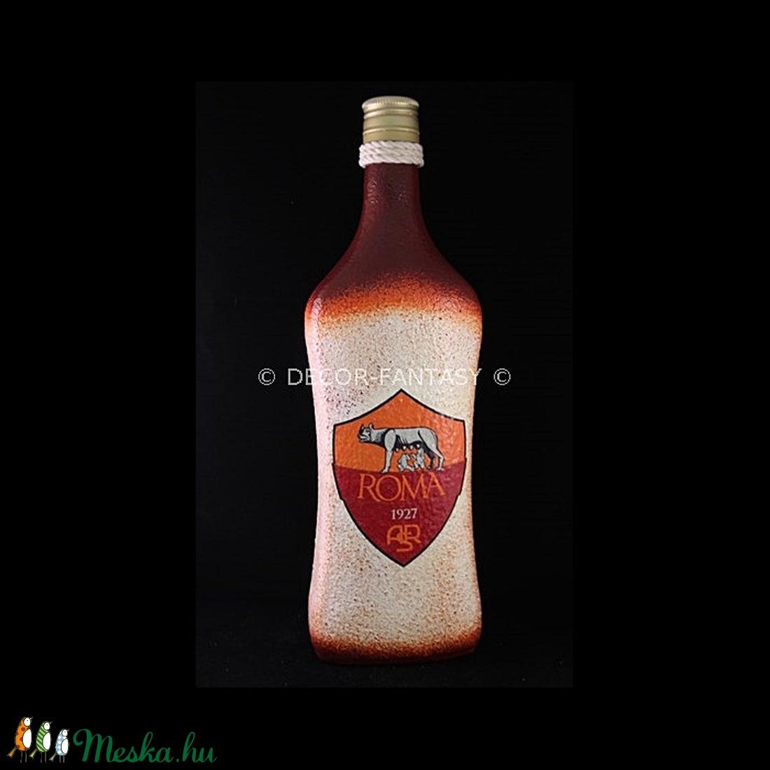 AS ROMA  emblémával díszített pálinkás üveg ( 1,0 l )  (decorfantasy) - Meska.hu