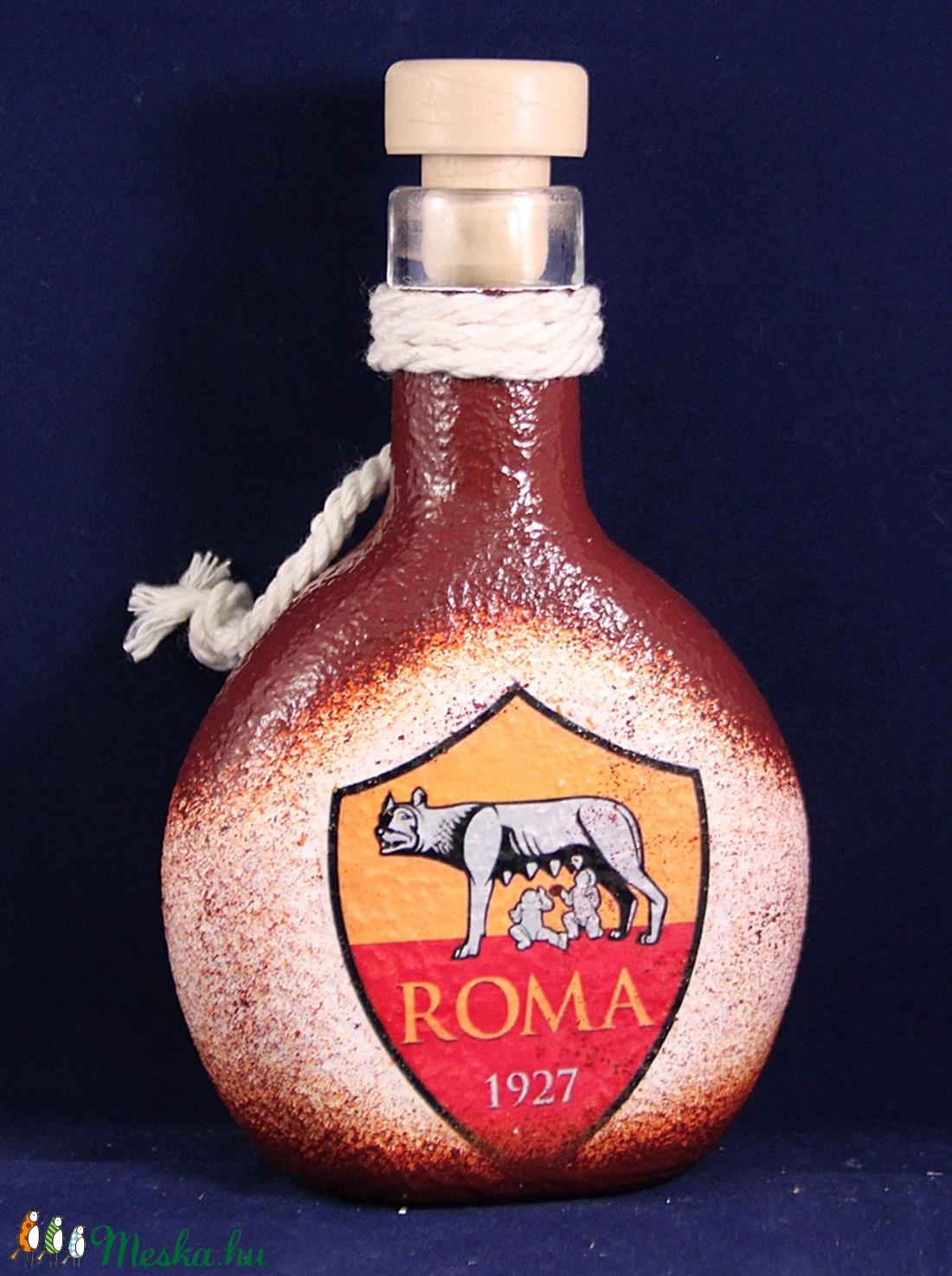 AS ROMA emblémával díszített pálinkás butykos ; As Roma futball kedvelő férfiaknak  (decorfantasy) - Meska.hu