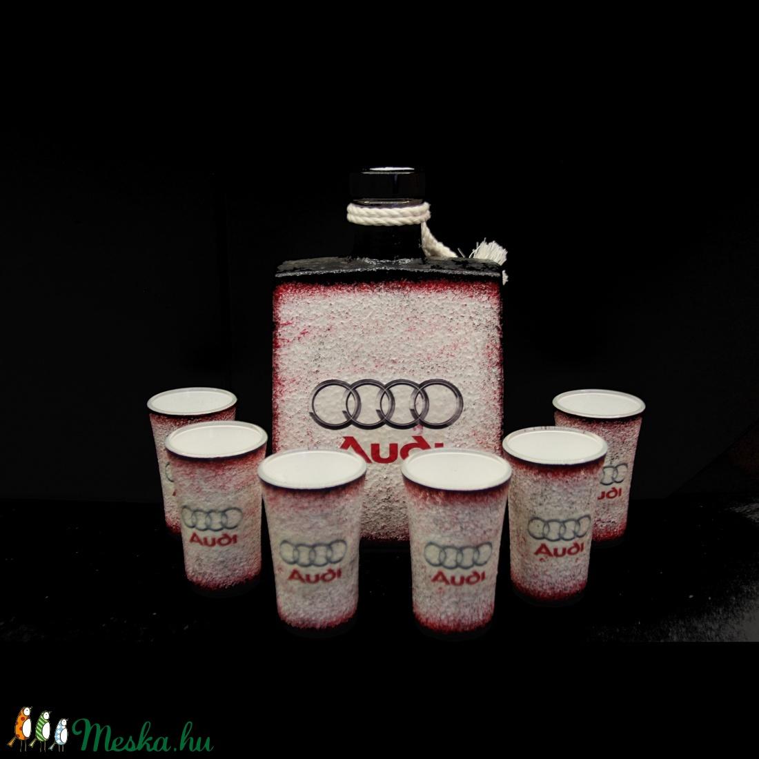 AUDI  emblémával díszített pálinkás szett ( 0,5 l üveg + 6x 45 ml pohár )  (decorfantasy) - Meska.hu