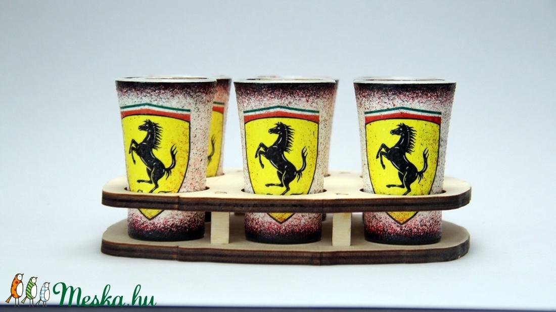 FERRARI  emblémás  pohár szett ( 6x45ml pohár+fatartó )ideális ajándék - férjeknek - barátoknak- születésnapra-névnapraa (decorfantasy) - Meska.hu