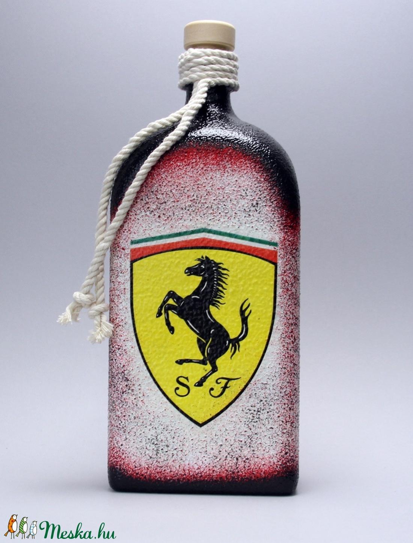 FERRARI  emblémás italos üveg ( 1l üveg )ideális ajándék - férjeknek - barátoknak- születésnapra-névnapraa (decorfantasy) - Meska.hu