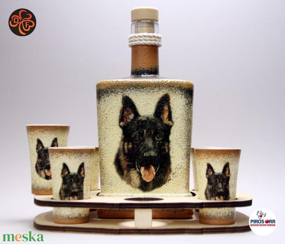 Kutya motívummal ( németjuhász) díszített nagy pálinkás szett ; Házi kedvenc rajongóknak ;Egyedi állat fotóval is ! (decorfantasy) - Meska.hu