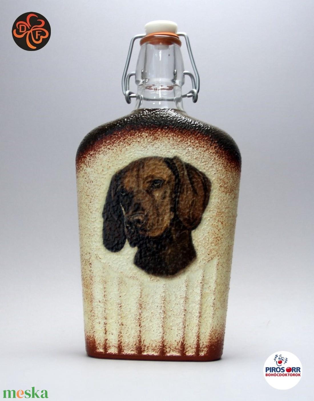 Kutya motívummal (magyar vizsla) díszített pálinkás üveg  ; Házi kedvenc rajongóknak ;Egyedi állat fotóval is ! (decorfantasy) - Meska.hu