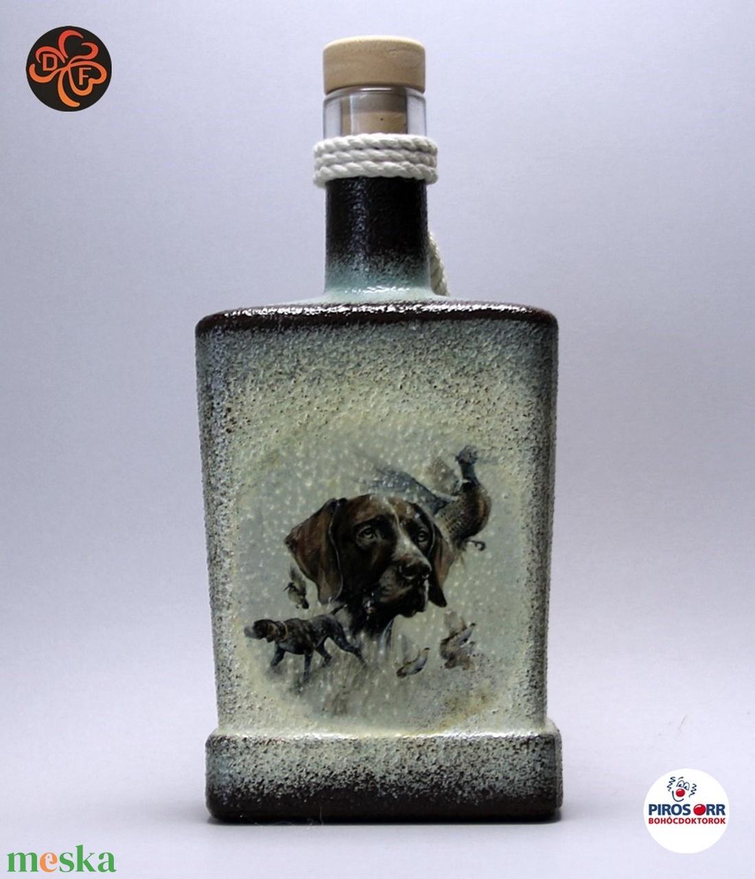 Vadászkutya motívummal ( német vizsla )  pálinkás üveg ; A vadászat szerelmeseinek ;Egyedi állat fotóval is ! (decorfantasy) - Meska.hu