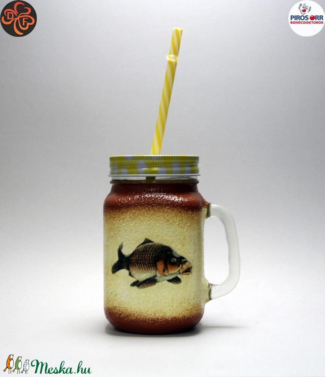 Horgász- ponty motívummal díszített -szívószálas pohár  . A horgászat szerelmeseinek . Saját fogások fotóival is ! - Meska.hu