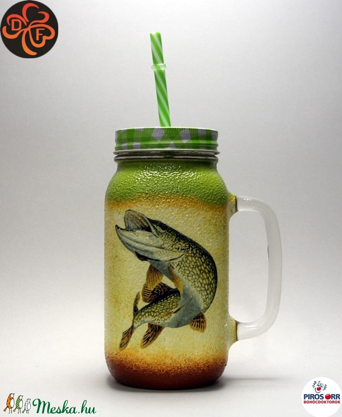 Horgász- csuka motívummal díszített -szívószálas pohár  . A horgászat szerelmeseinek . Saját fogások fotóival is ! - Meska.hu