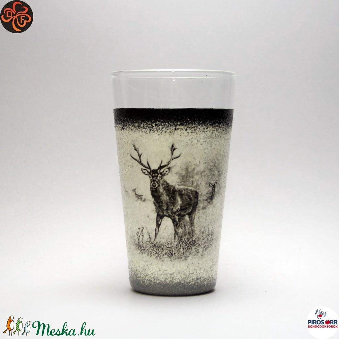 Vadász - szarvas képpel - vizes pohár ; A vadászat szerelmeseinek  (decorfantasy) - Meska.hu