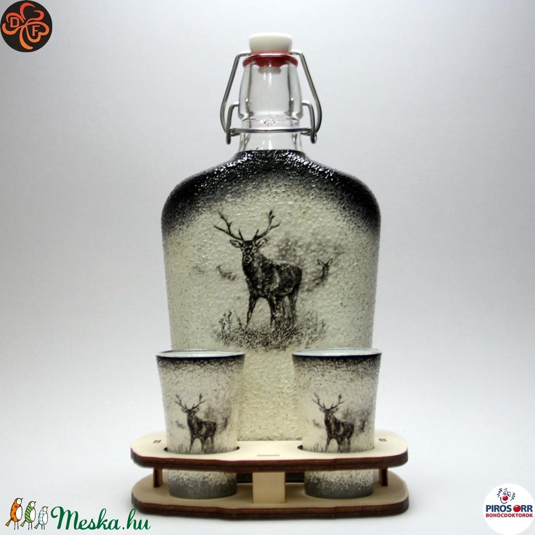 Vadász - szarvas képpel - pálinkás készlet ; A vadászat szerelmeseinek  (decorfantasy) - Meska.hu