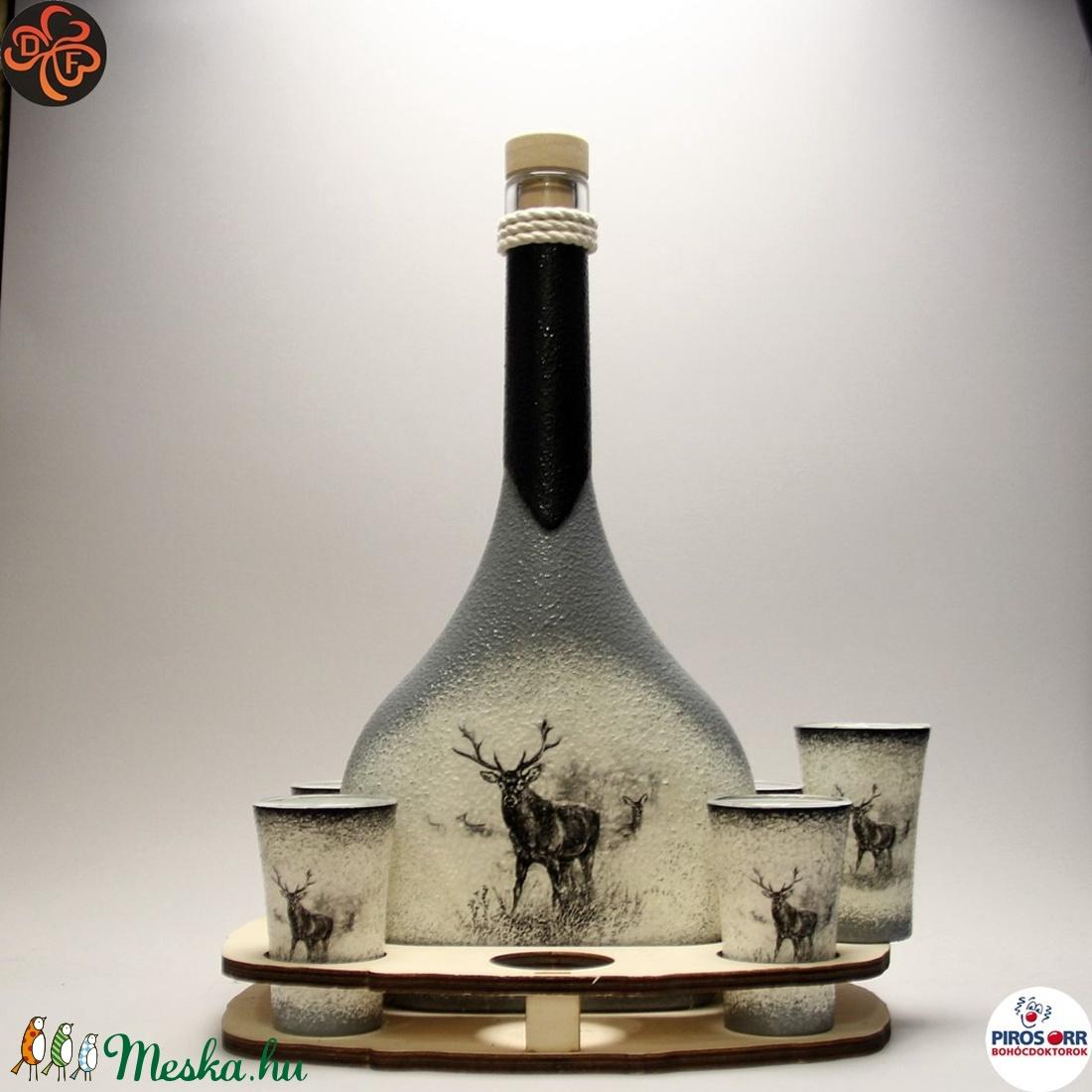 Vadász - szarvas képpel - italos készlet ; A vadászat szerelmeseinek  (decorfantasy) - Meska.hu