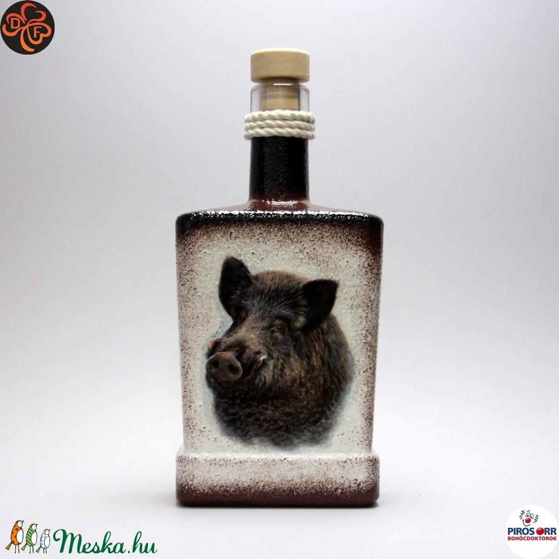 Vadász - vaddisznó motívummal - italos flaska (decorfantasy) - Meska.hu