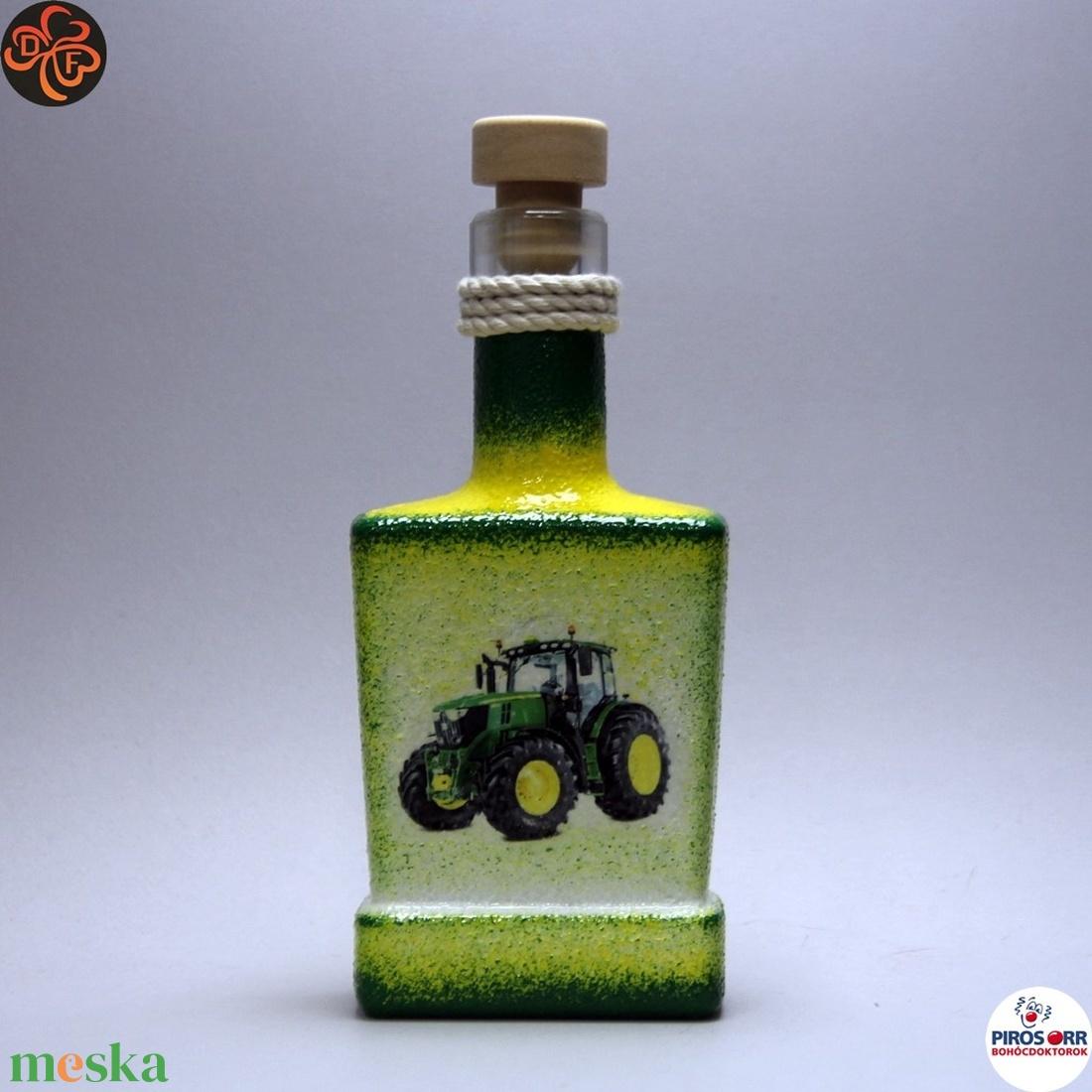 Gazda uram pálinkás flaskája ; Saját John Deere Traktorod fényképével is!  - Meska.hu