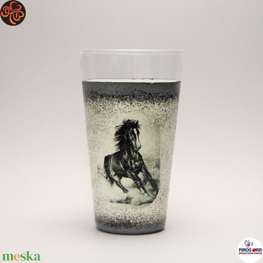 Ló - lovas vizes pohár ; Lovak kedvelőinek (decorfantasy) - Meska.hu