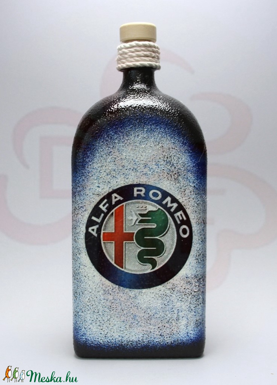 Alfa Romeo pálinkás üveg ; Saját Alfa autód fotójával is!  - Meska.hu