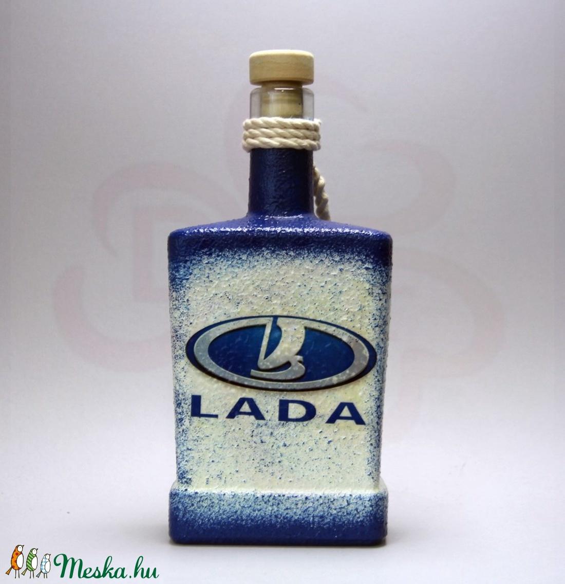 LADA ZSIGULI emblémás italos üveg ; A Lada márka rajongóinak - Meska.hu