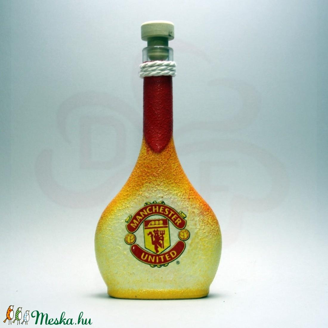 Manchester United pálinkás üveg ; futball szurkolóknak, születésnapra, névnapra, karácsonyra - Meska.hu