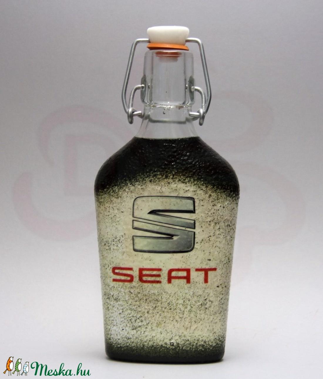 SEAT csatosüveg ; autó rajongóknak ; Saját autód fotójával is - Meska.hu
