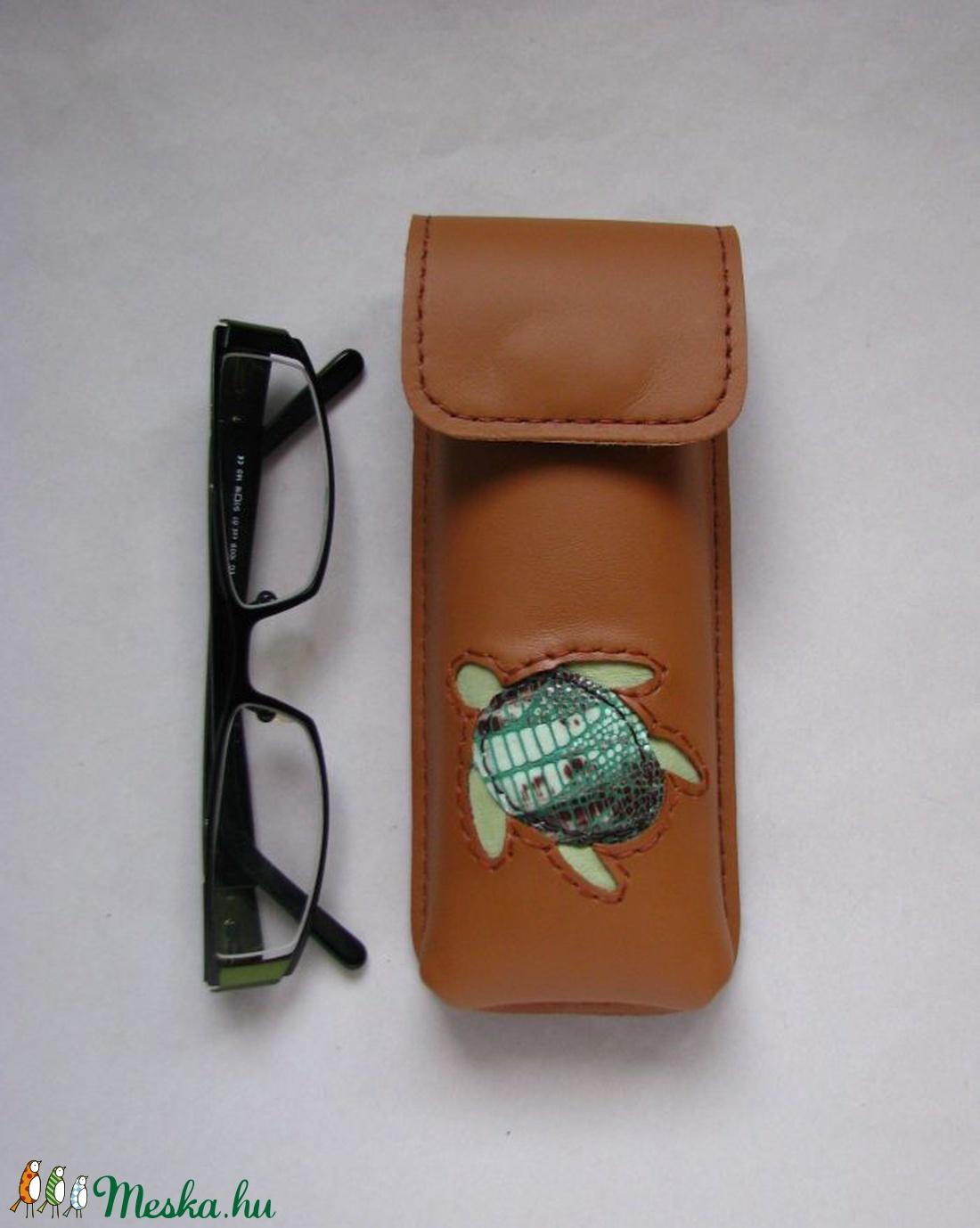 Barna teknős mintás bőr tolltartó f2b88adfa5