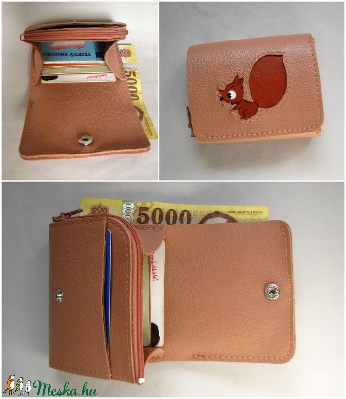 Fahéj vörös mókus mintás bőr pénztárca d0d7fd76a9