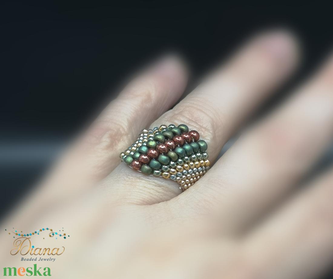 Neptunia gyűrű I - ékszer - gyűrű - gyöngyös gyűrű - Meska.hu