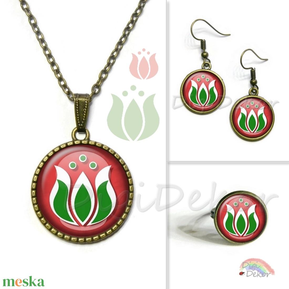7c79fc5979 Kalocsai mintás nyaklánc, ékszer magyar motívumokkal, piros fehér zöld,  folk, fülbevaló, gyűrű, ékszerszett