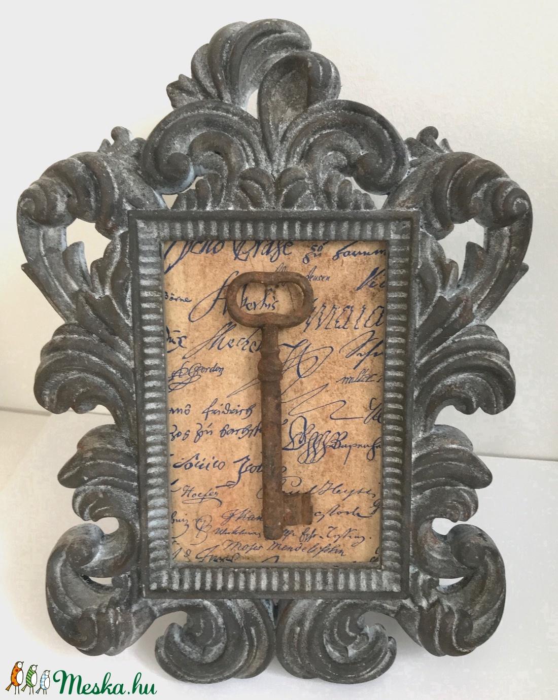 Egyedi romantikus képkeret - régi kulcs - antik - barokk - vintage hangulat - shabby  chic stílus - kézzel készült darab (Edian) - Meska.hu