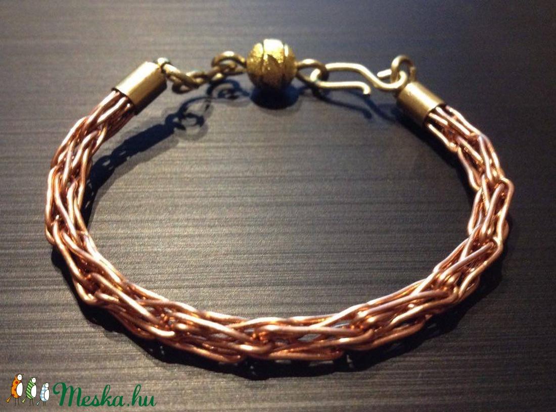 réz karkötők magas vérnyomás ellen)