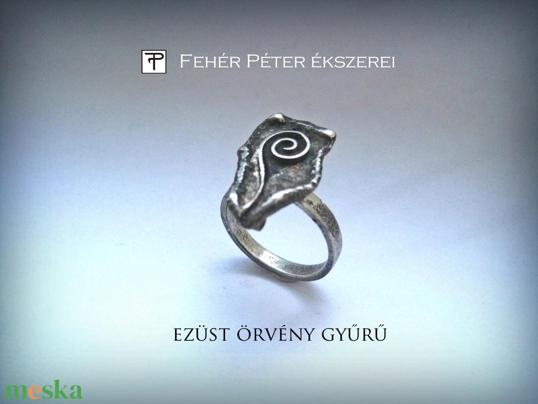 Ezüst örvény gyűrű (egszeresz) - Meska.hu