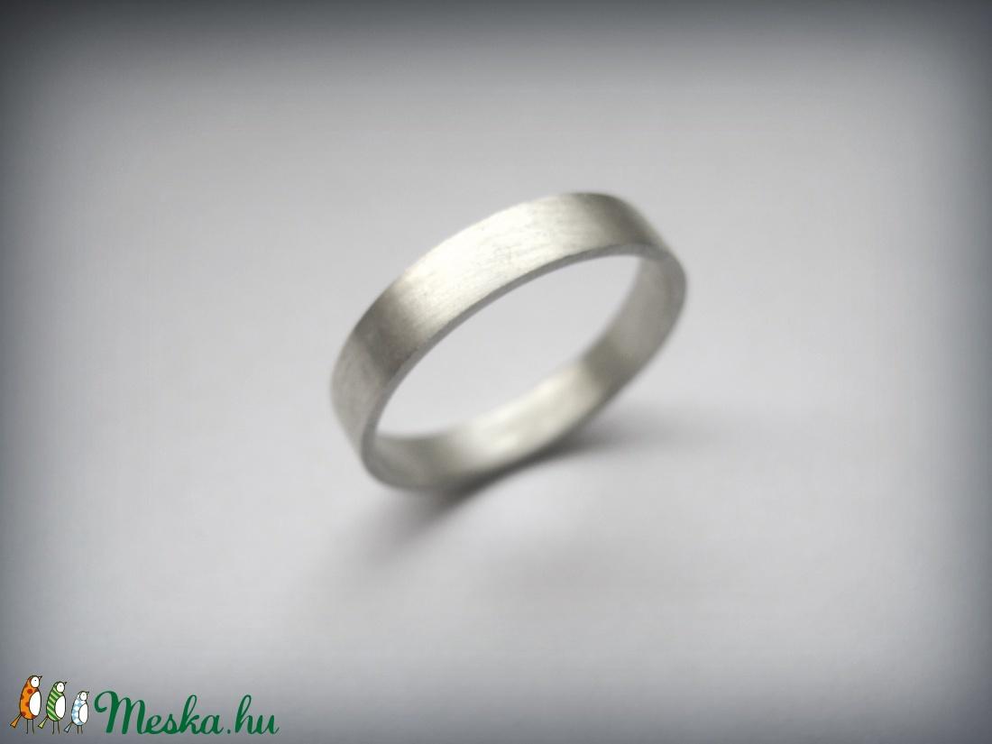 Ezüst karikagyűrű (egszeresz) - Meska.hu