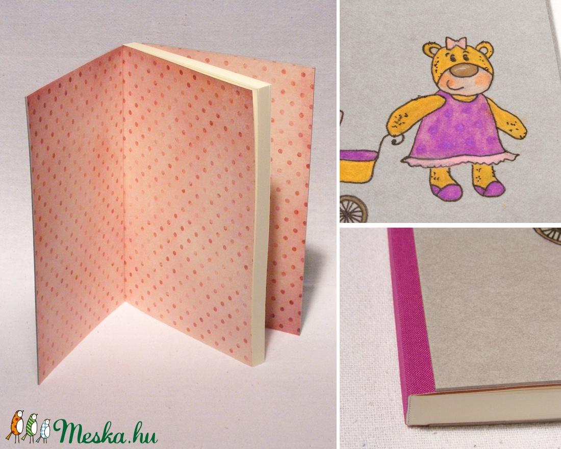 Babanapló, babakönyv kislányoknak, emlékkönyv baba születésére, kézzel fűzött, rajzolt borító lány macival - játék & gyerek - babalátogató ajándékcsomag - Meska.hu