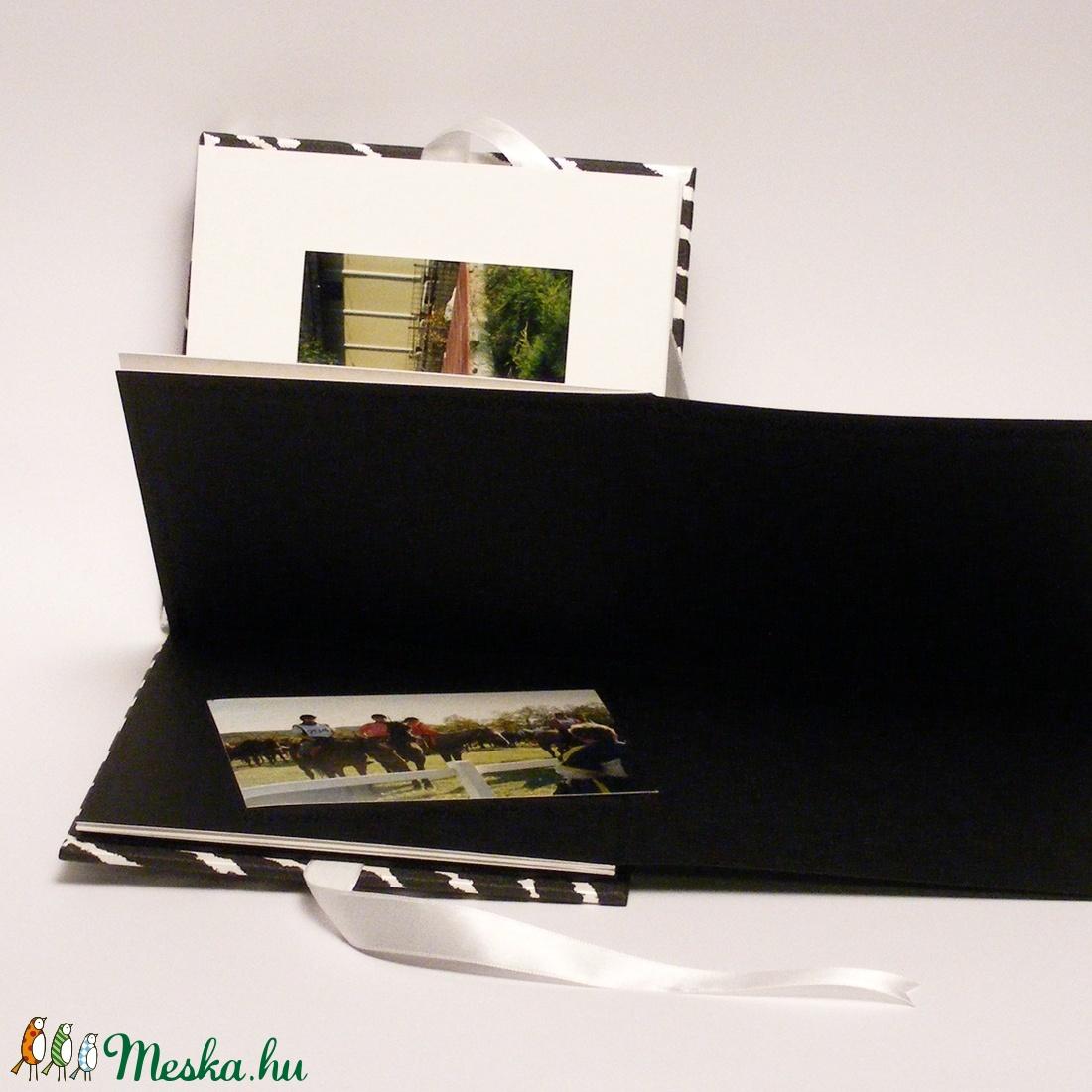 Fotóalbum zebracsíkos borítóval, fehér szatén megkötővel, fekete és fehér belső lapokkal - otthon & lakás - papír írószer - album & fotóalbum - Meska.hu