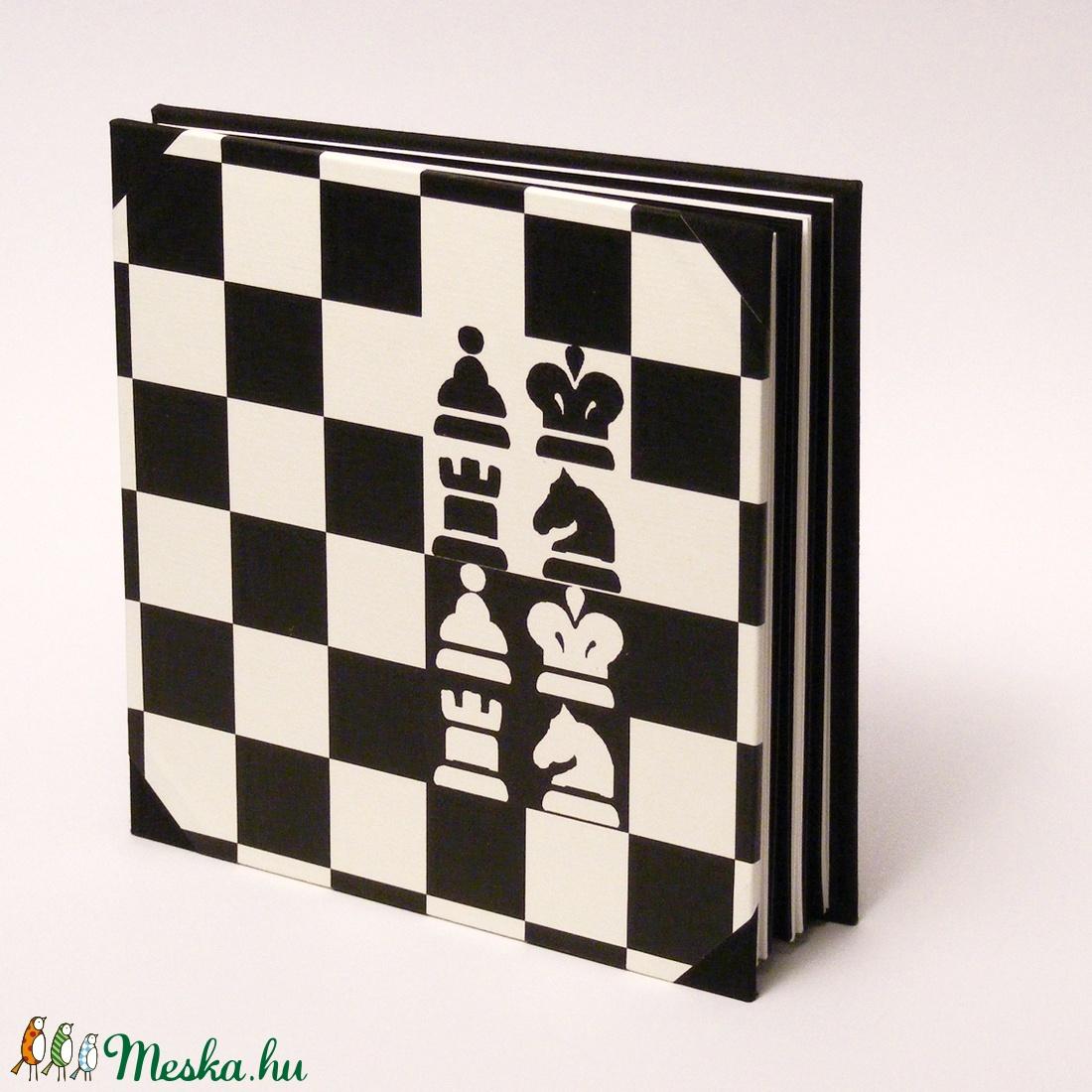 Fotóalbum sakkozóknak, sakkos scrapbook, fekete és fehér fényképalbum - otthon & lakás - papír írószer - album & fotóalbum - Meska.hu