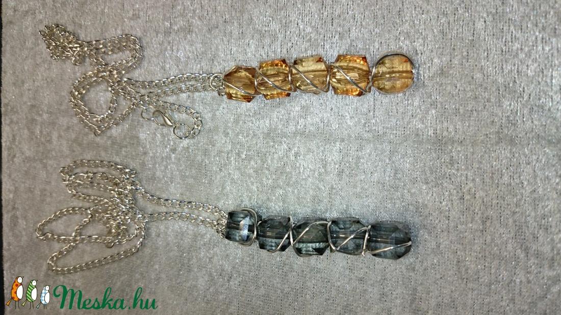 Füstszínű és aranybarna gyöngyös medál (evadrotekszer) - Meska.hu