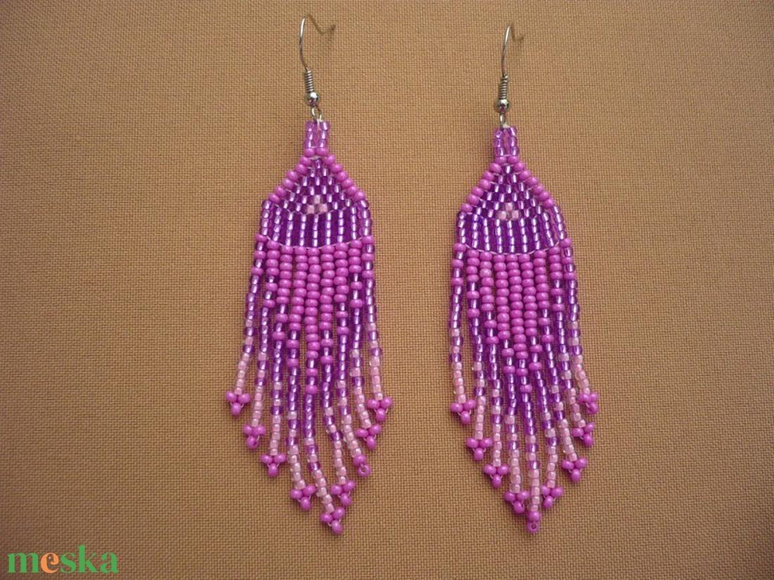 lila-rózsaszín hosszú lógós gyöngy fülbevalók, ajándék - ékszer - fülbevaló - csillár fülbevaló - Meska.hu