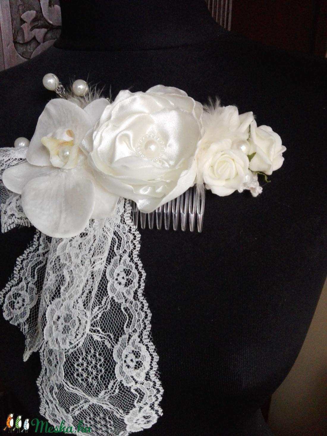 Vintage hajdísz orchideával esküvőre - esküvő - hajdísz - fésűs hajdísz - Meska.hu