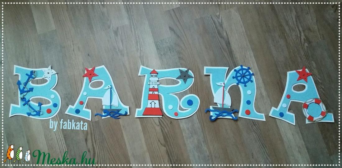 Barna 18cm tengerész stílusú babanév betű (fabkata) - Meska.hu