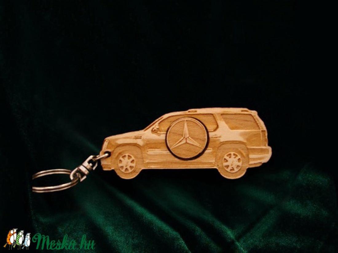 Kulcstartó Mercedes! II. - táska & tok - kulcstartó & táskadísz - kulcstartó - Meska.hu