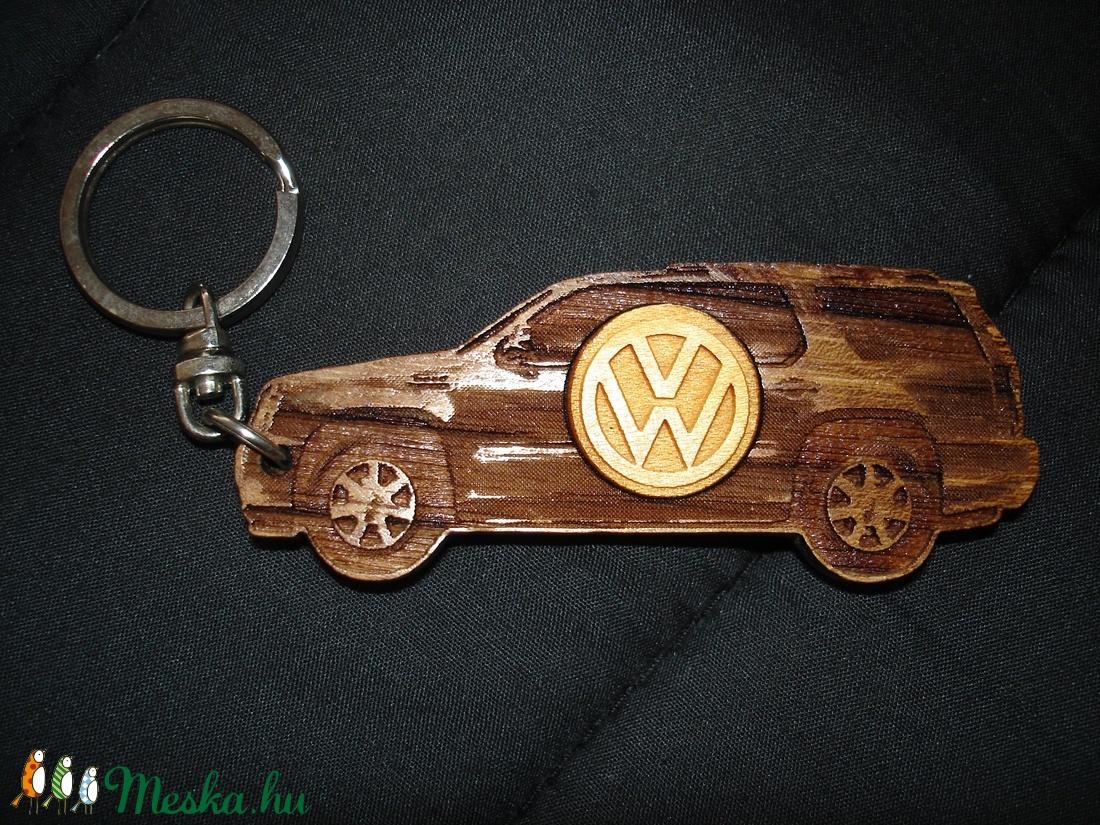 Kulcstartó VW! - táska & tok - kulcstartó & táskadísz - kulcstartó - Meska.hu
