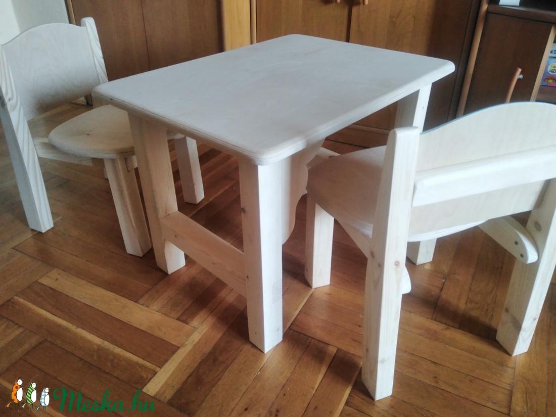 egyedi fából készült szék