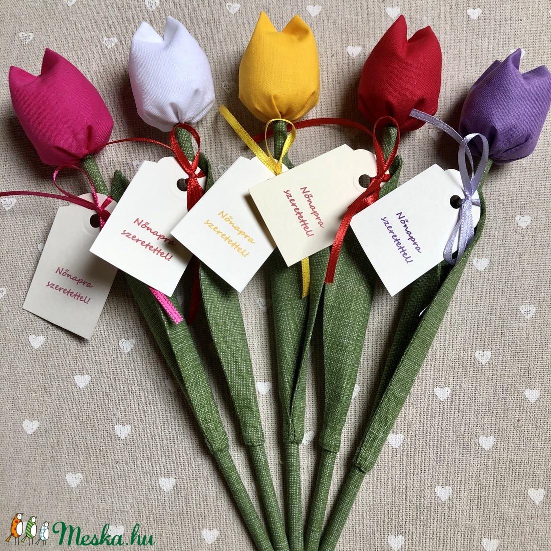 Nőnapi textil tulipánok / szett: 5 db/ ingyen ajándékkísérővel - Meska.hu