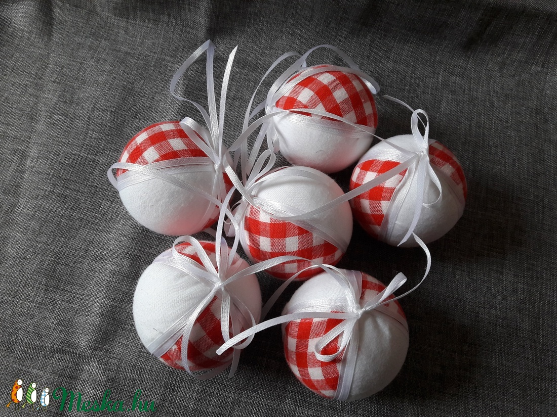 Piros fehér gömb 6 db (ficnivilag) - Meska.hu