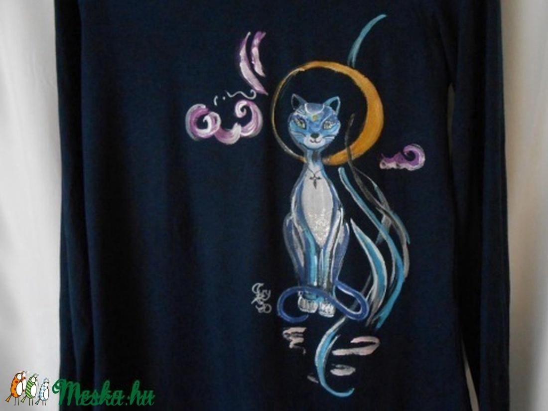 Brigitte macska hercegnő kézzel festett póló rendelő által biztosított  darabra (Fiffancsi) - Meska.hu 5066e3ca4f