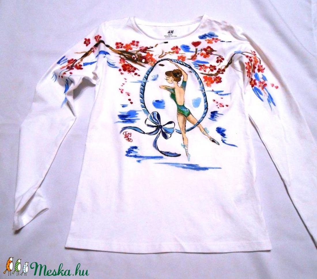 Lirán kézzel festett egyedi póló A PÓLÓKAT RENDELŐIM BIZTOSÍTJÁK! (Fiffancsi)  - Meska.hu c0d373e5ec