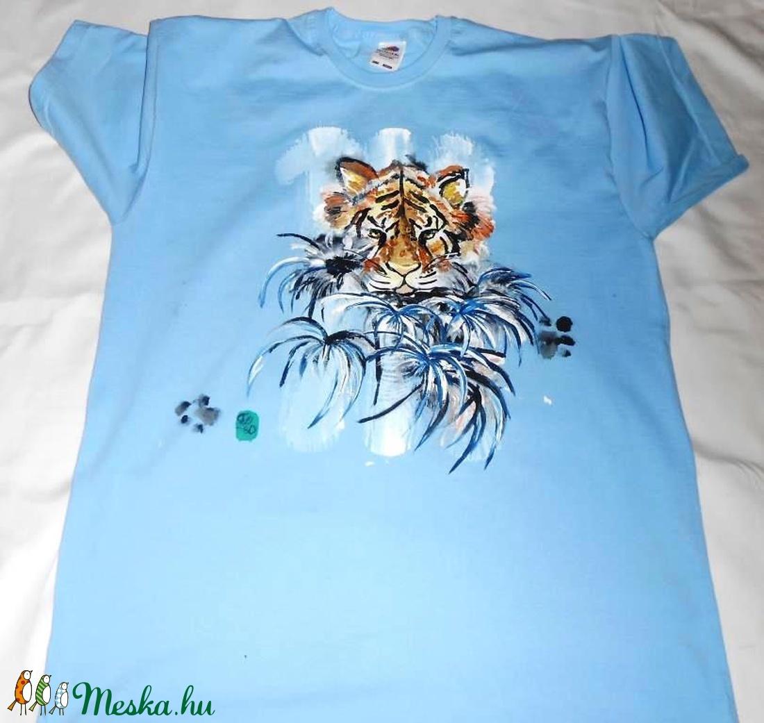 Tigris kézzel festett egyedi póló PÓLÓIMAT RENDELŐIM HOZZÁK! (Fiffancsi) -  Meska.hu d94e04fed4