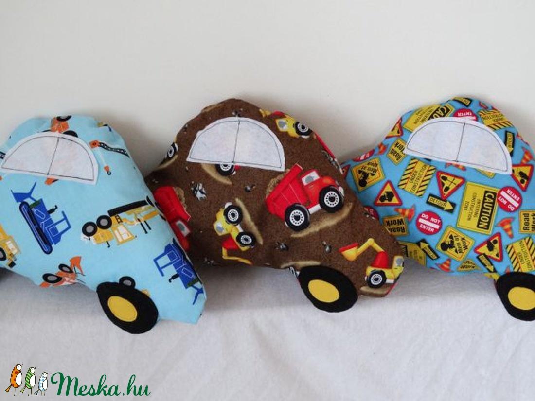 Auto Formaju Parna Munkagepes Mintaval Autos Diszparna Textil Jatek Textil Figura Meska Hu