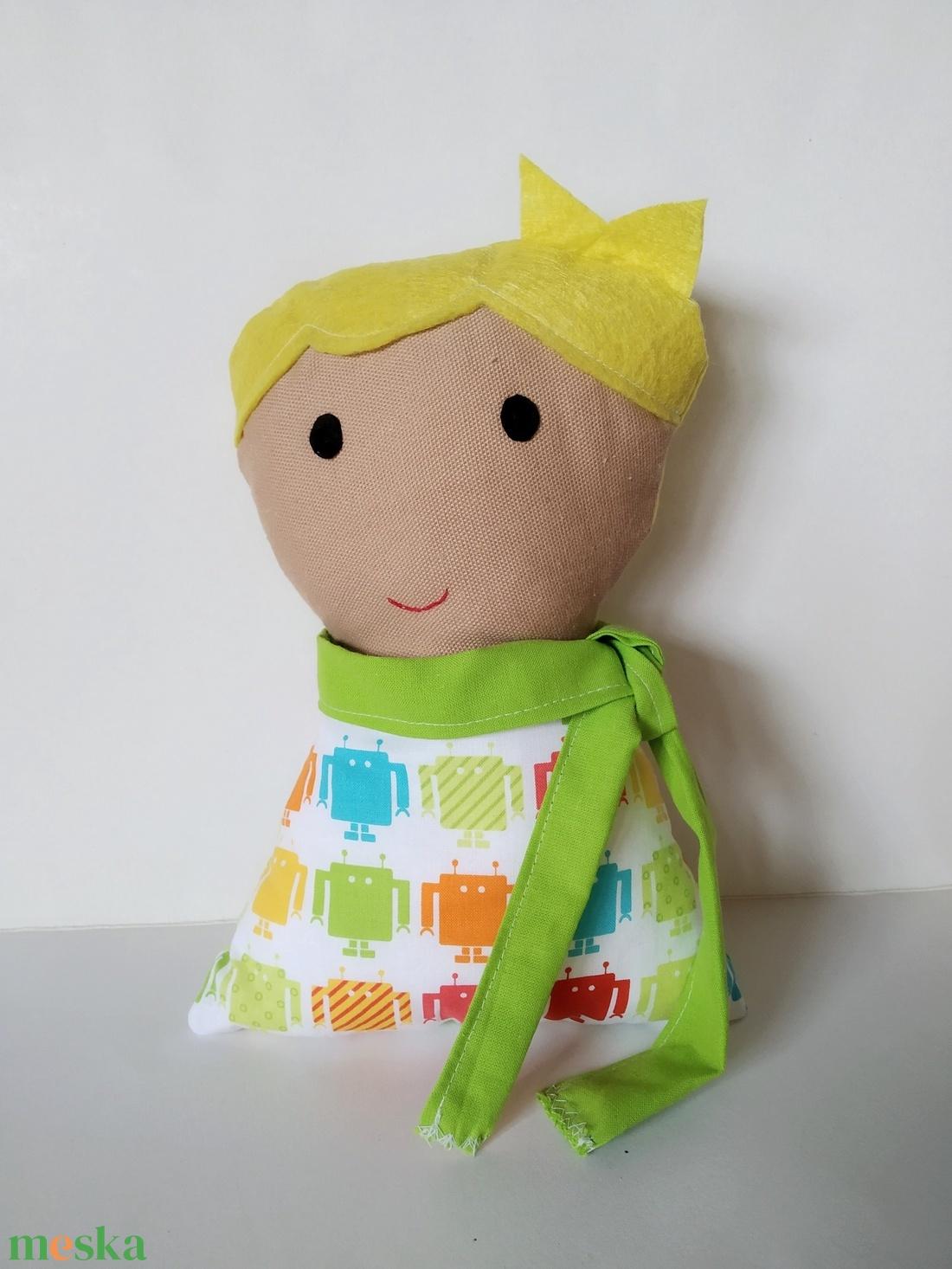 Fiú baba levehető sállal - rongybaba - Szőke hajú textil baba - puha kézműves baba - kisfiú párnababa - játékbaba  - játék & gyerek - baba & babaház - öltöztethető baba - Meska.hu