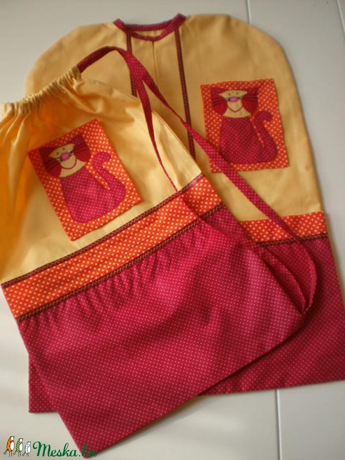 RENDELHETŐ! Piros-narancs pettyes ovisák- tornazsák szett  cica jellel - ovi- és sulikezdés - ovis zsák & ovis szett - óvodai szett - Meska.hu